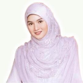 Beragam Manfaat Memakai Busana Muslim Jilbab