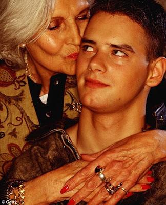 мать и сын интим: