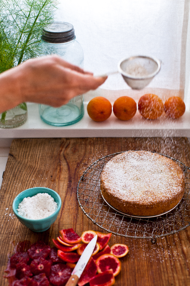 cake with powdered sugar serve your slices of cake with rounds of ...