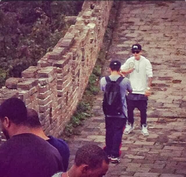 Justin Bieber en la gran muralla china