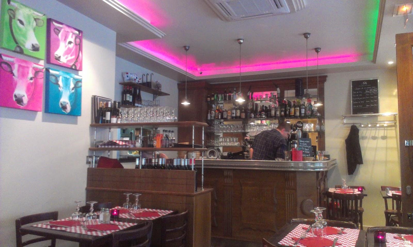 Parisian Walkways: Repas presque auvergnat au P'tit Breguet.