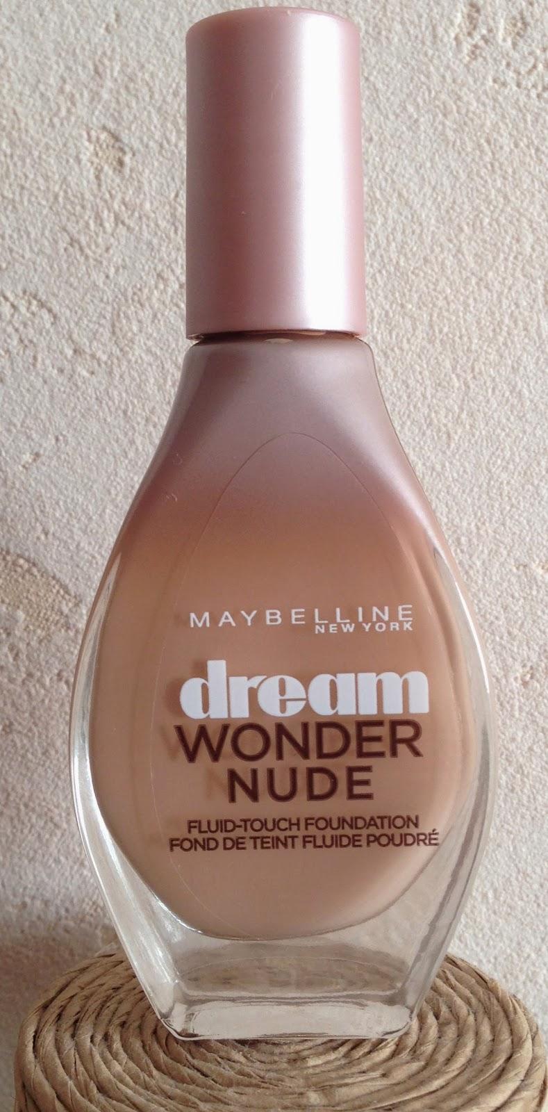 Flacon du fond de teint drean wonder nude de chez Maybelline