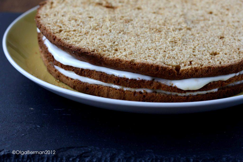 Крем на торт из сметаны и сахара