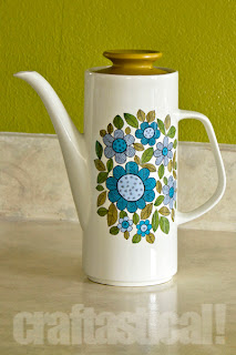 J&G Meakin tall coffee pot from the 60s or 70s, thrifted