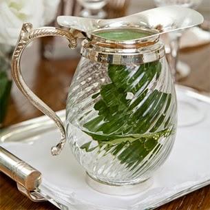 Theodora Home jarra de água com detalhes em prata