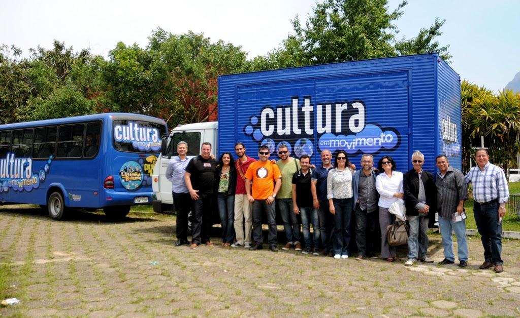 O grupo pôde conhecer a aparelhagem da Secretaria de Cultura de Teresópolis, incluindo o Ônibus da Cultura e o Caminhão Palco sobre Rodas