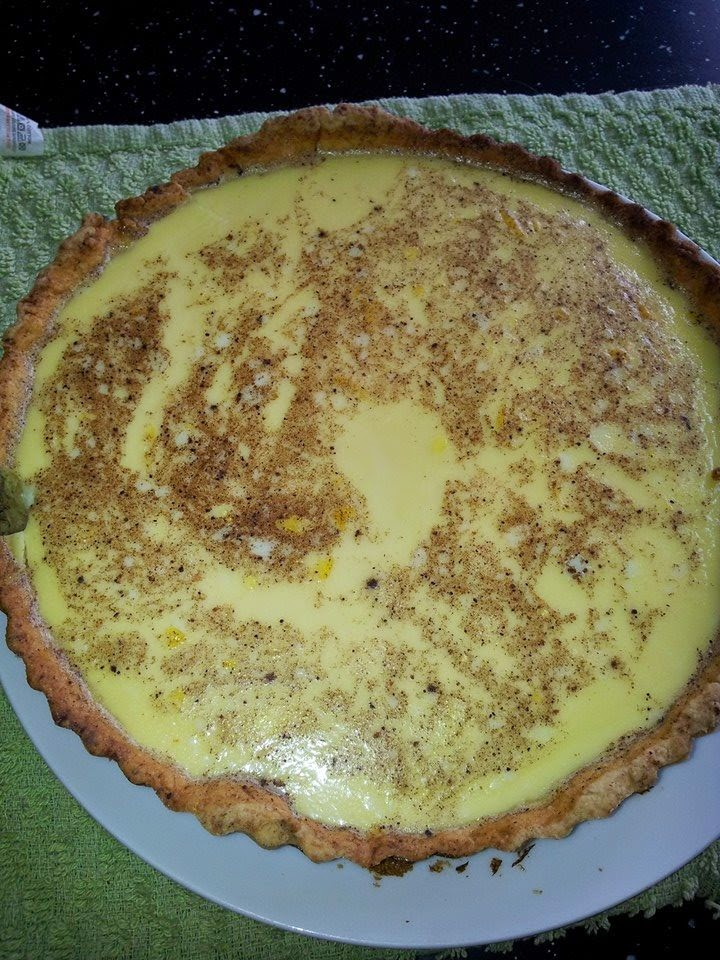 My weekend bake ....  Egg custard tart