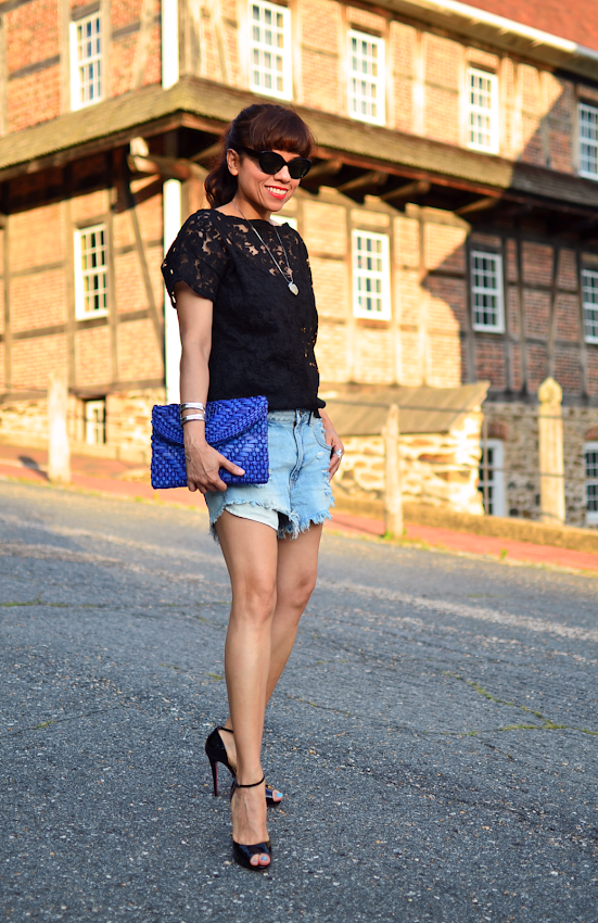 Outfit with lace shirt and denim shorts