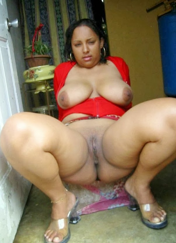 Excellent Nude of some sugar mummy casually found