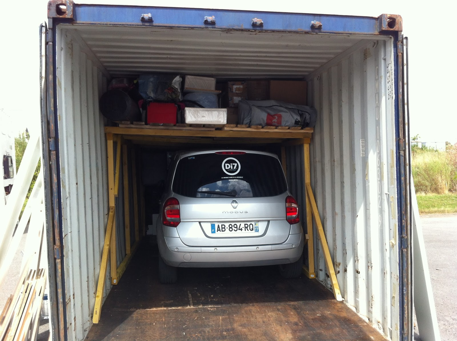 Direction la r union juillet 2013 for Taille container maison