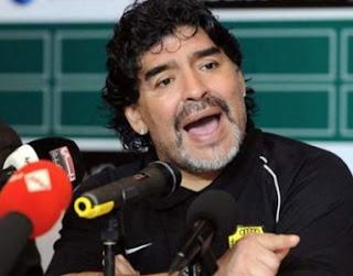 Diego Maradona ataca nuevamente al `Rey´ Pelé