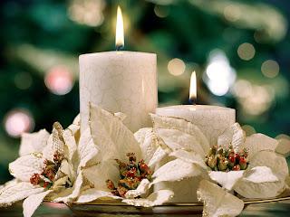 Velas de navidad blancas