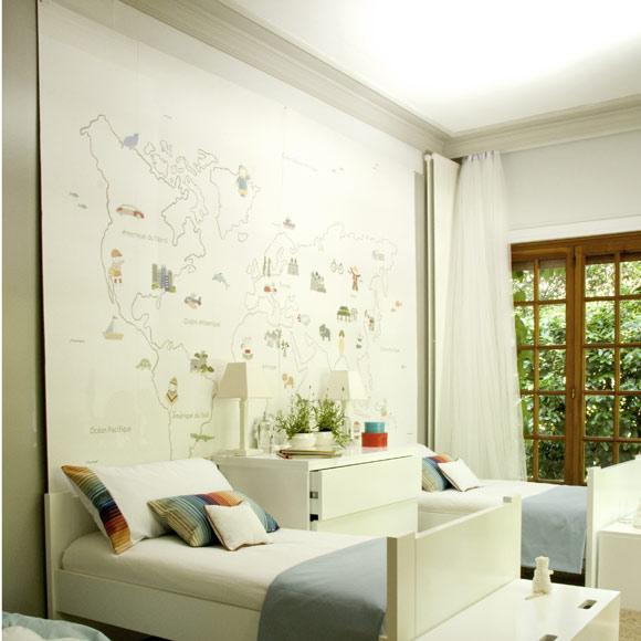 Estudio felip n un mapa mundi en la pared - Papel pintado mapamundi ...
