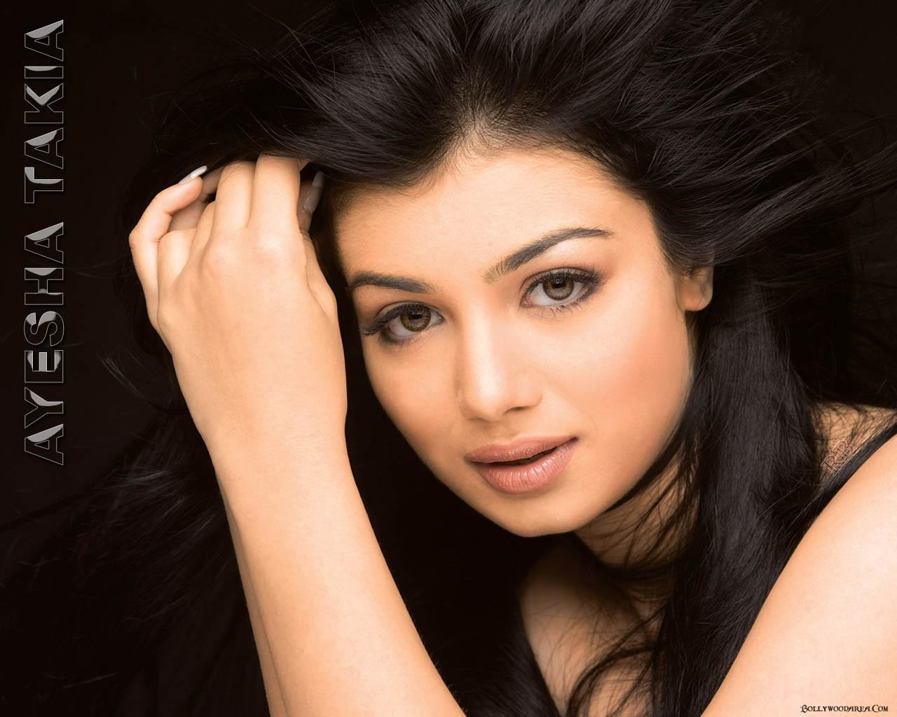 Free Stuff For All Ayesha Takia Awesome HD Pictures