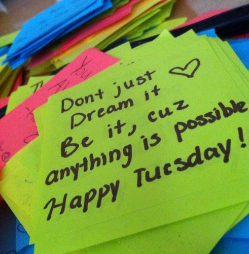 Happy tuesday morning quotes foto artis candydoll