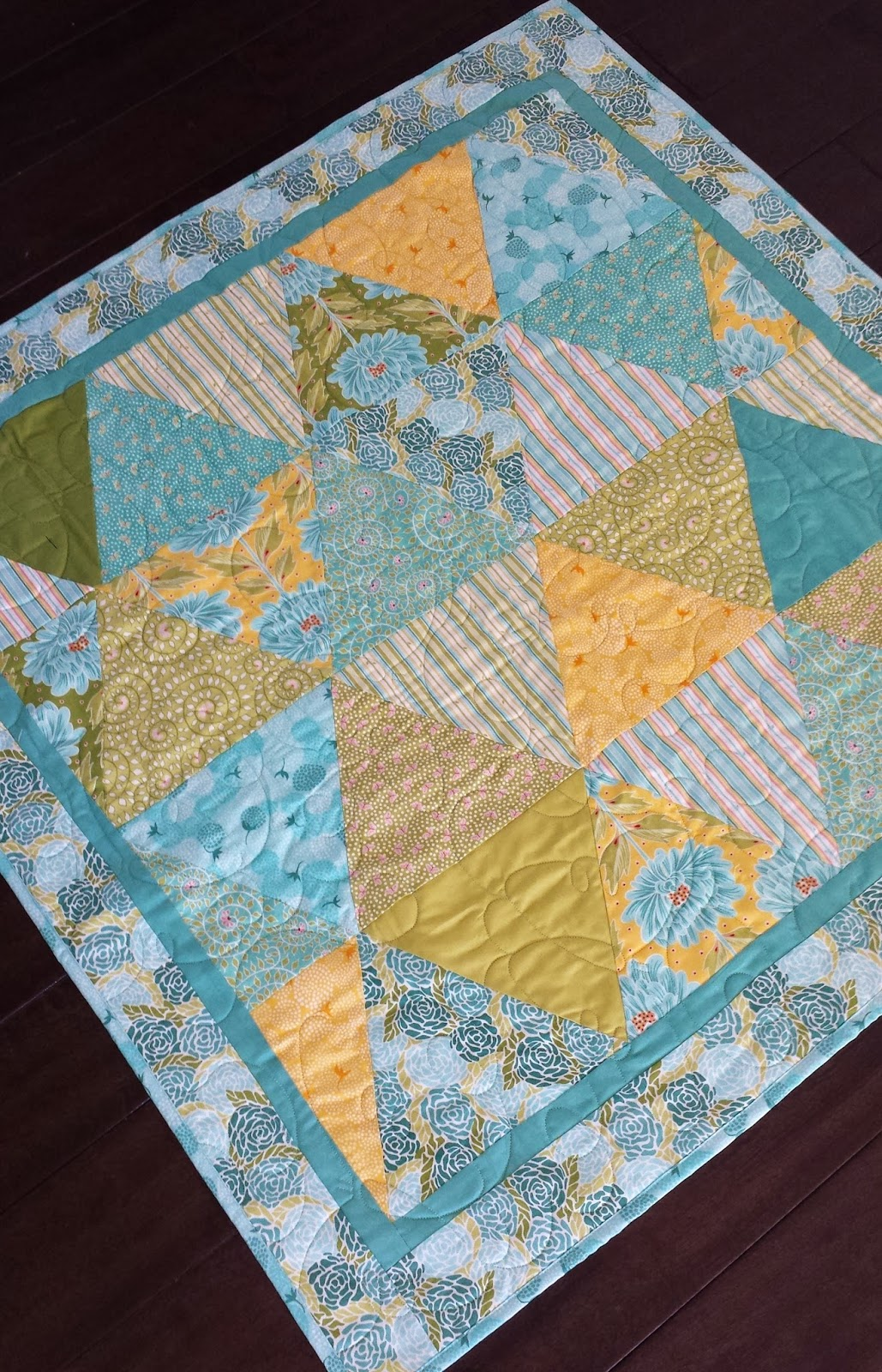 Serena Bean Quilts Equilateral Triangle Quilt Tutorial