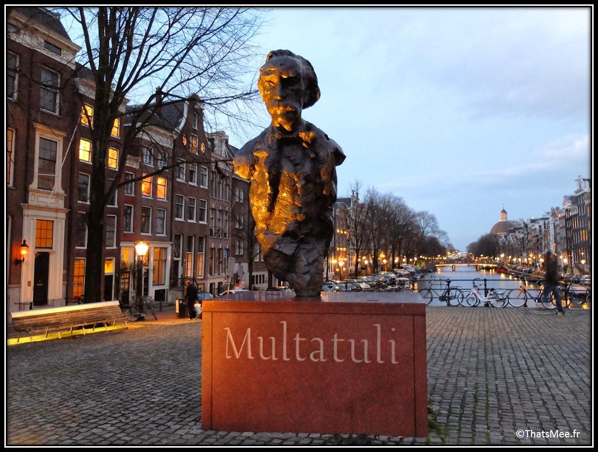 Amsterdam Jordaan vélo ballade centre ville pont statue Multatuli Eduard Douwes Dekker poète écrivain