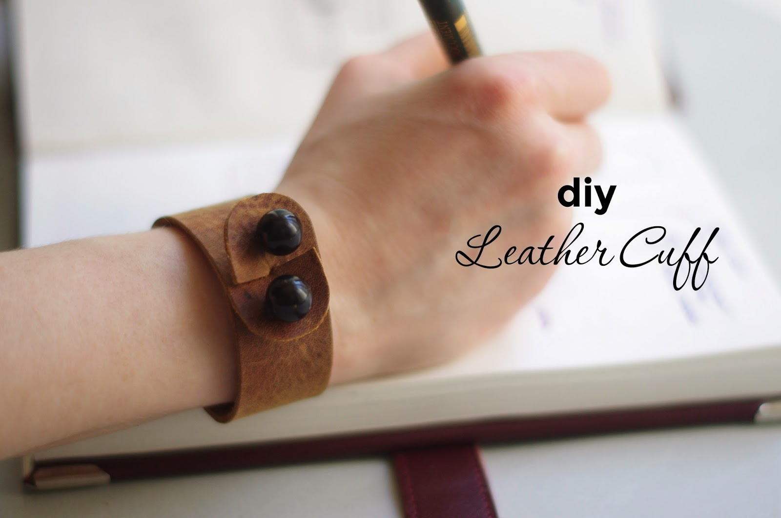 How to make an elegant leather cuff with interesting closure idea. Tutorial created by Xenia Kuhn for www.fashionrolla.com
