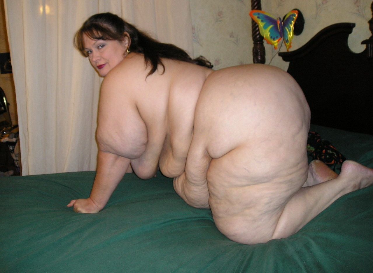 SSBBW on the bed