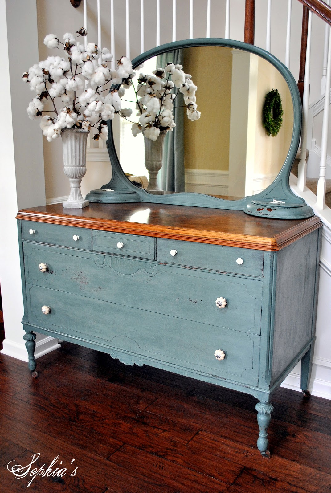 Charmant When I Was Visiting My Local Woodcraft Store About A Month Ago, I Thought  Iu0027d Pick Up Some Milk Paint. I Didnu0027t Have Any Specific Piece Of Furniture  I ...