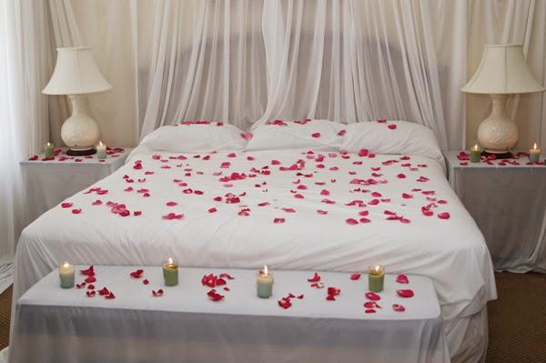 غرفة نوم للعرسان