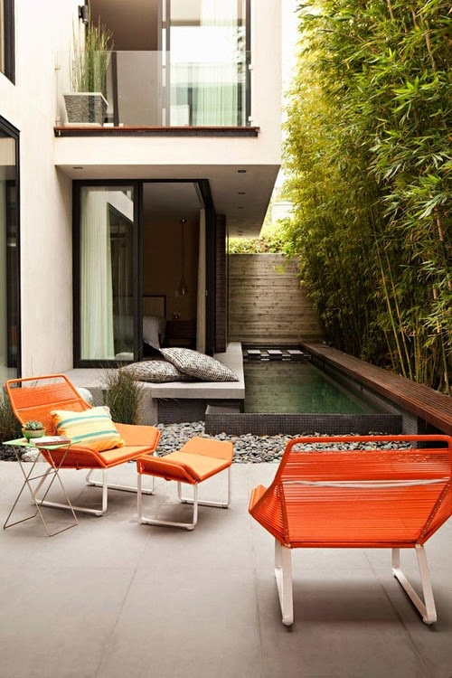 Decoracion de patios pequenos y estrechos patios y jardines for Decoracion de patios modernos