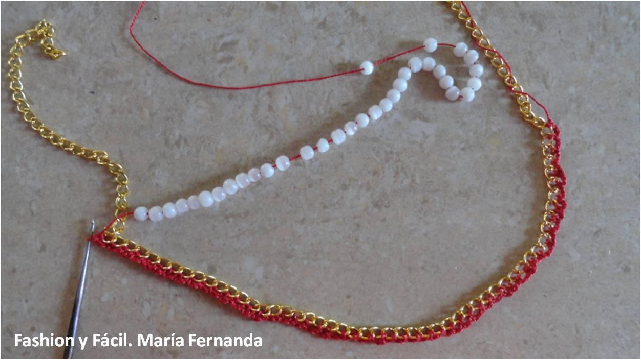 Fashion y Fácil : Tejer sobre una cadena usando cuentas o perlas ...