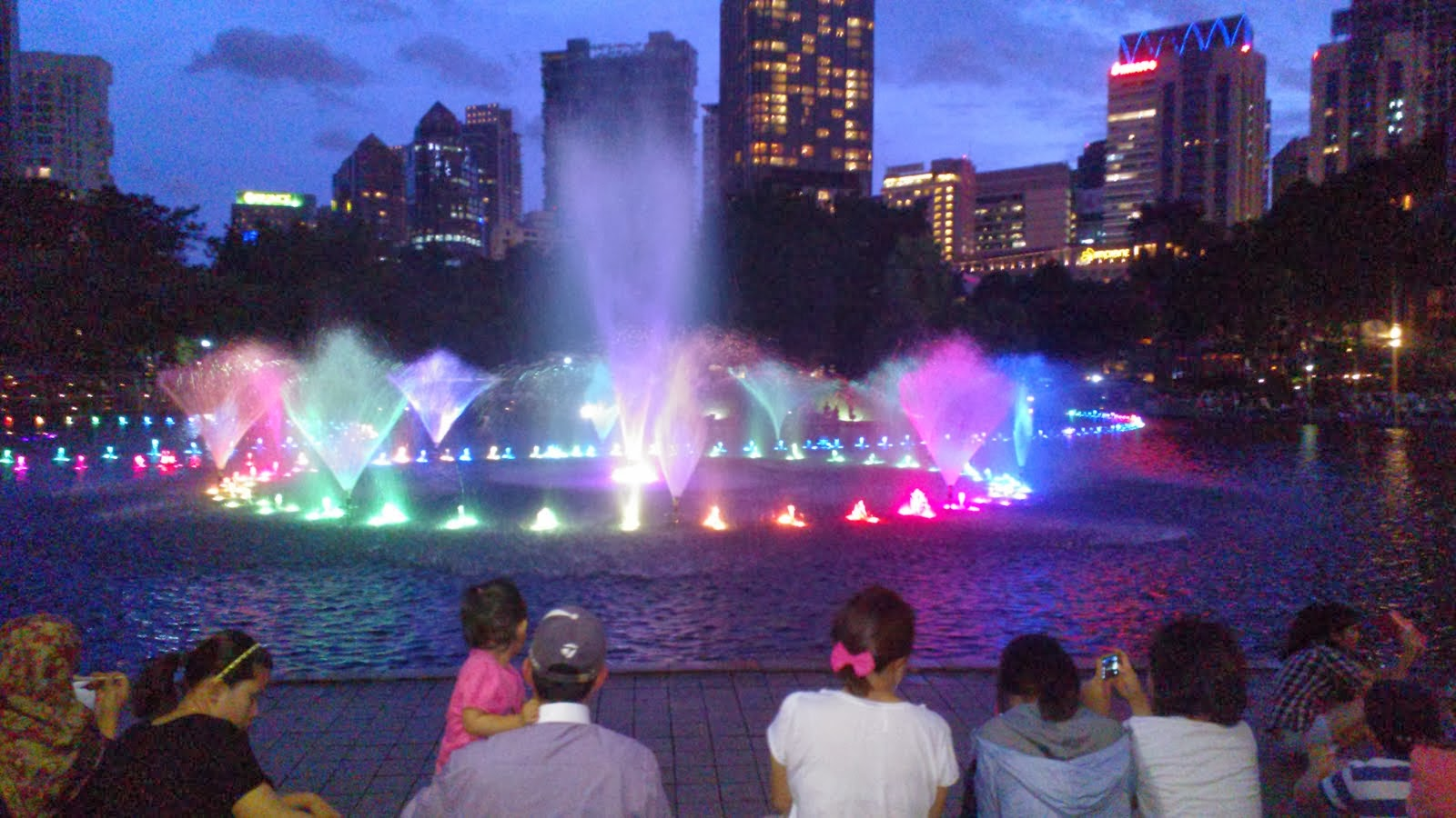 Suria KLCC Fountain
