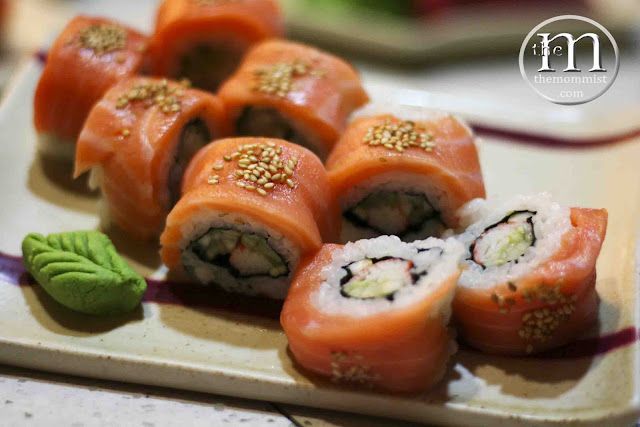 Salmon Roll Makimono