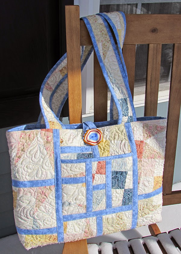 The Reclycled Tote, free quilted bag pattern