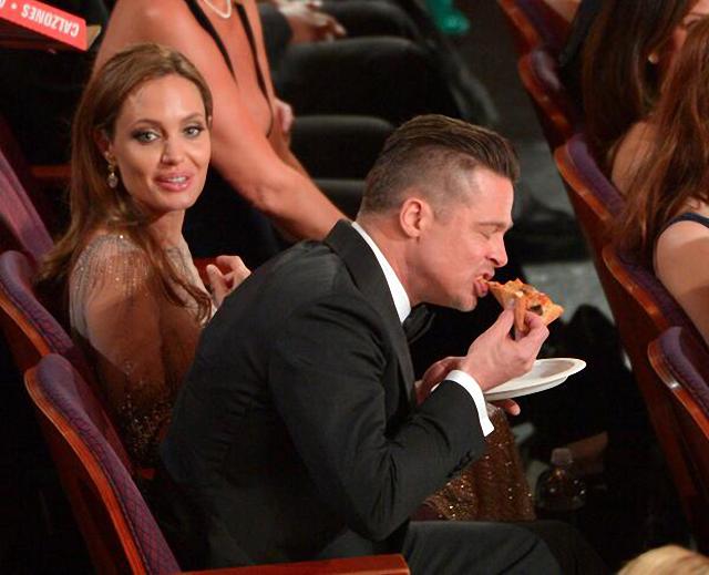 Famosos en fiesta de pizza en los premios Óscar Brad Pitt Angelina Jolie