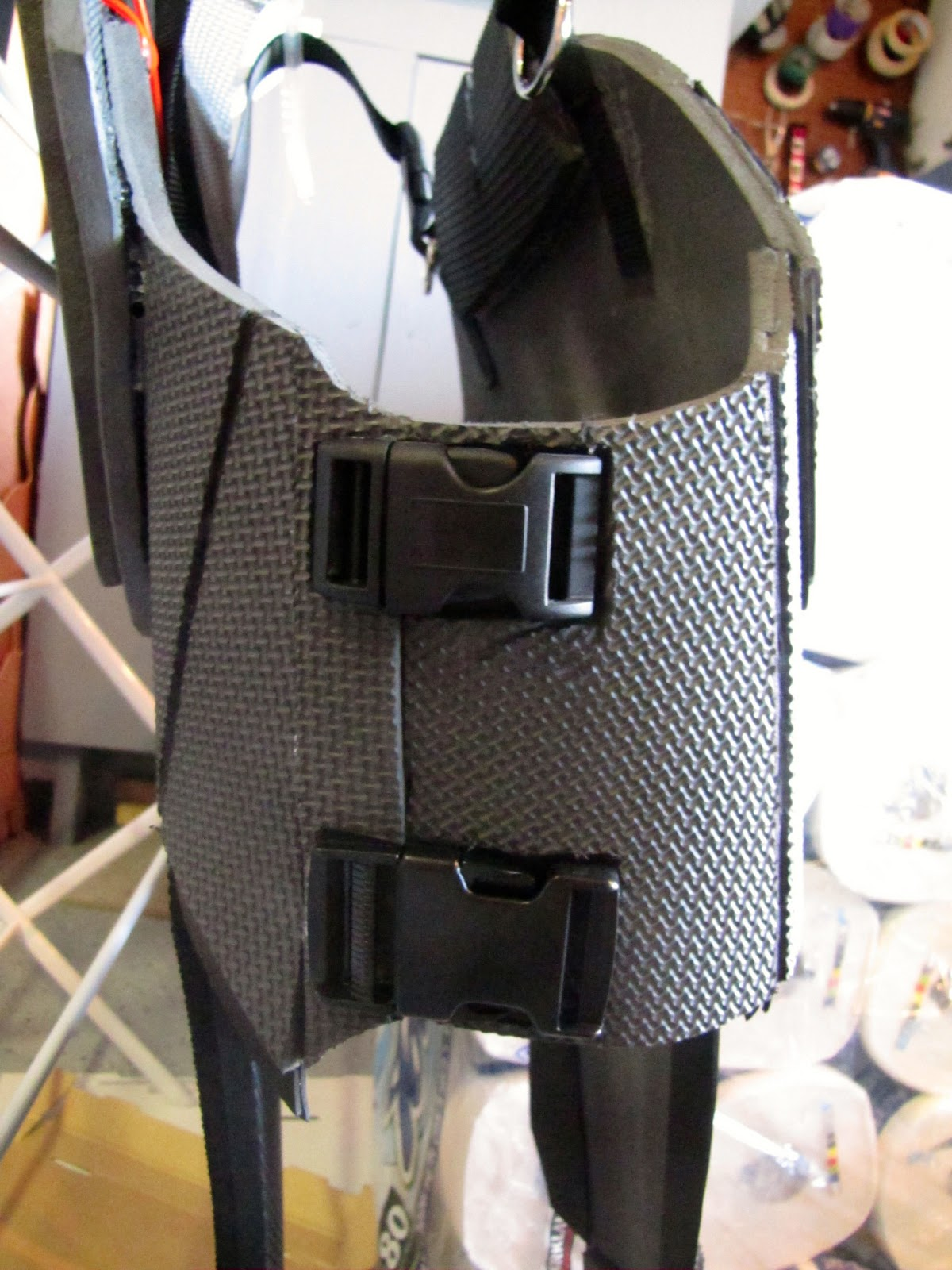 N7 mass effect armor build day 13 straps buckles clips ect n7 mass effect armor build maxwellsz