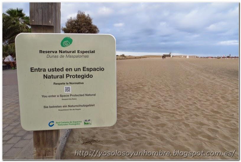 Cartel de entrada a la reserva natural de Maspalomas