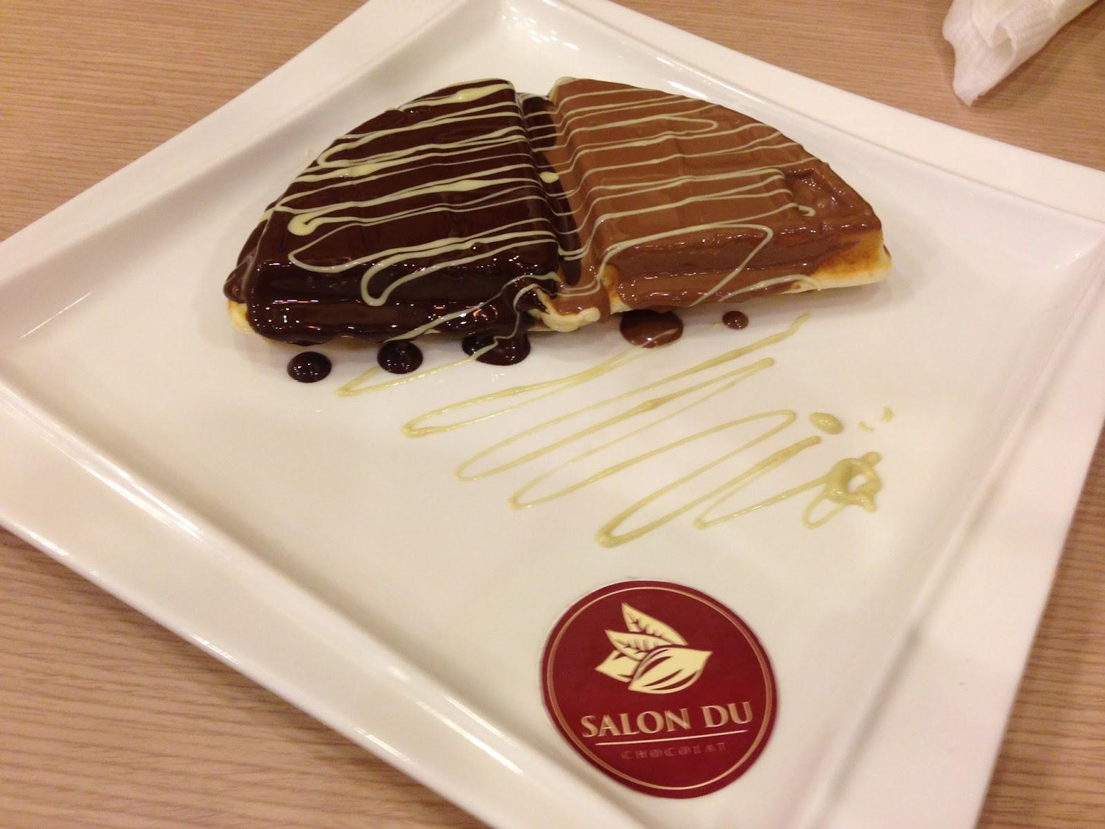 Life is about food salon du chocolat publika for Salon du fast food
