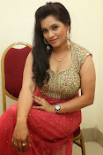 Revathi Chowdary sizzling Photos-thumbnail-15