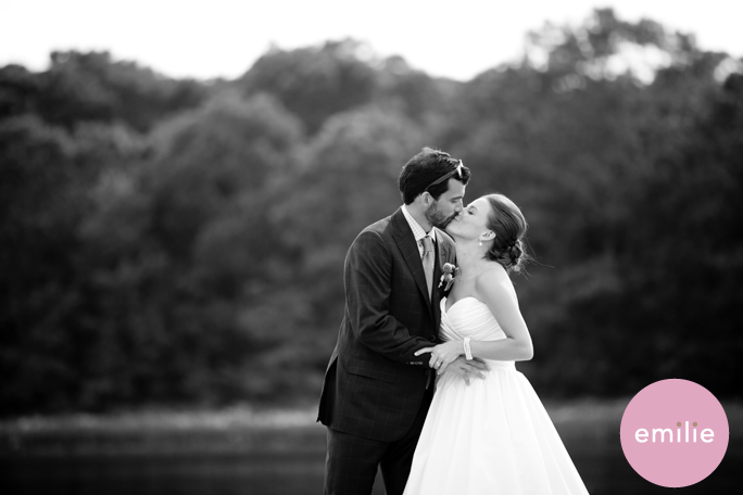 To see more pics of this AMAZing wedding including some shots of the
