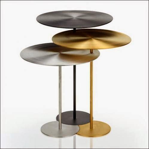 Le club d co 39 zeuses d 39 art meubles nomades et petits for Table d appoint console