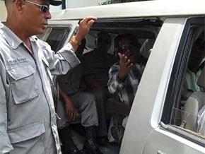 Fuga masiva de presos camino a la cárcel de Najayo