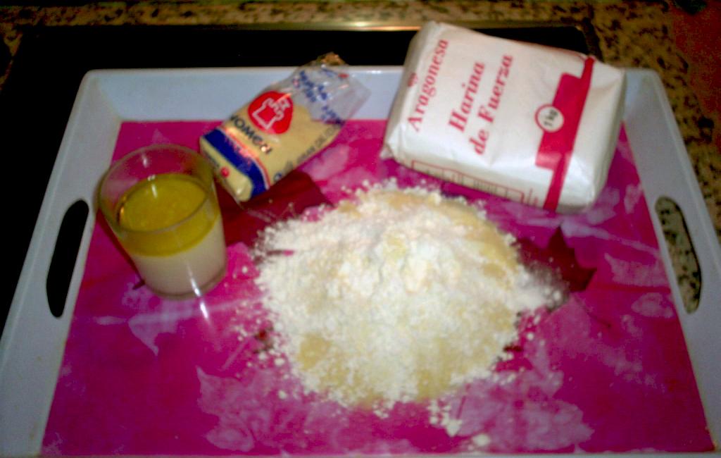ingredientes para elaborar la masa de pizza