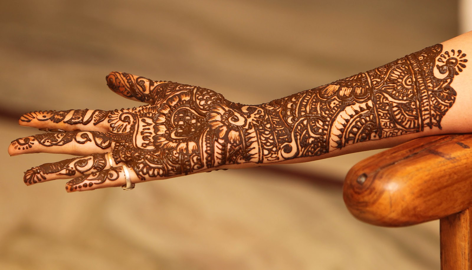 Mehndi Right Hand : Excellent right hand easy mehndi design cuonun