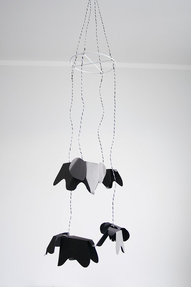 Eames Elephant Mobile zum Selbermachen!