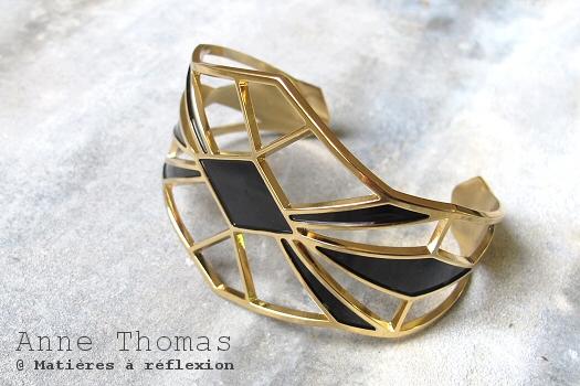 Manchette Anne Thomas bijoux noire Palais Royal