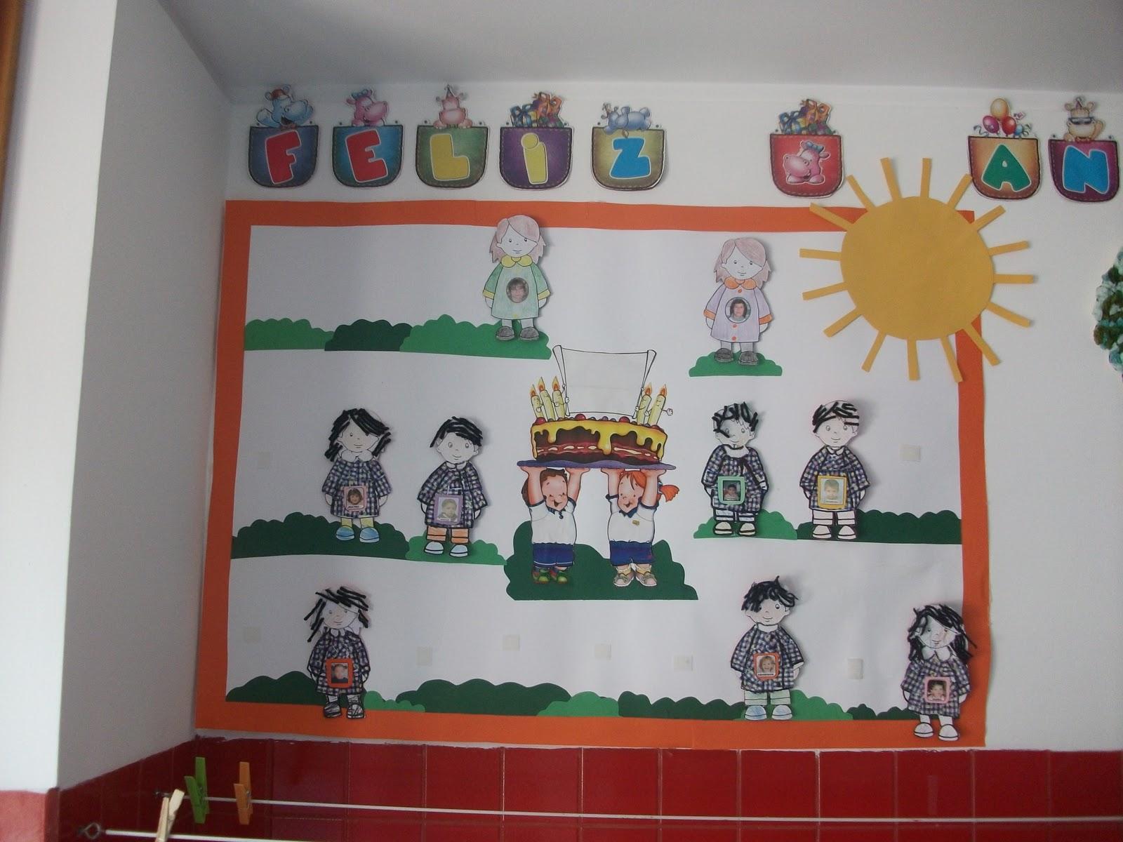 No Inicio Do Ano , As Crianças Construíram Uma Imagem~ Horta No Jardim De Infancia