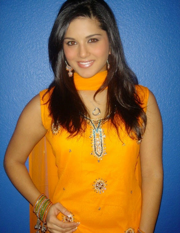 Sunny leone s hot sexy top 65 hot wallpapers hd hot pics unseen naked