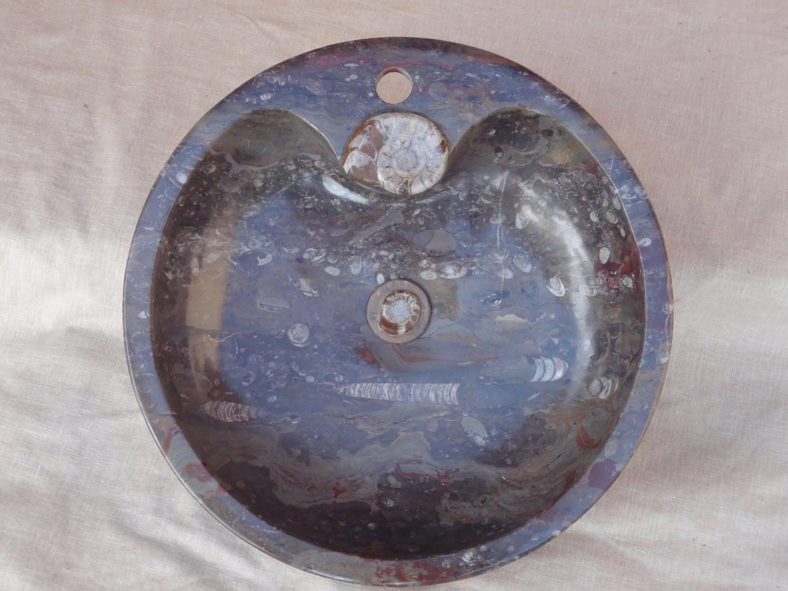Marbre fossilis vasque ronde for Baignoire demi ronde