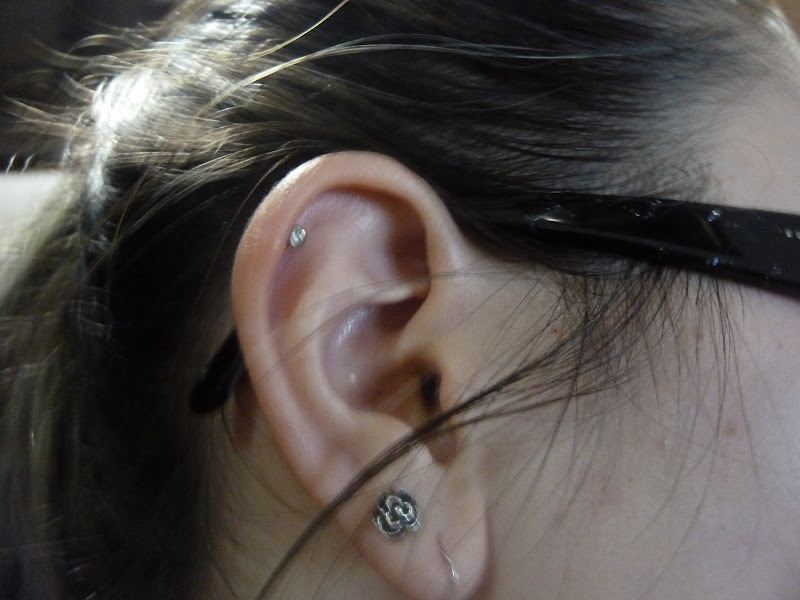 tell you guys that I got my ear cartilage pierced. Here's a picture title=