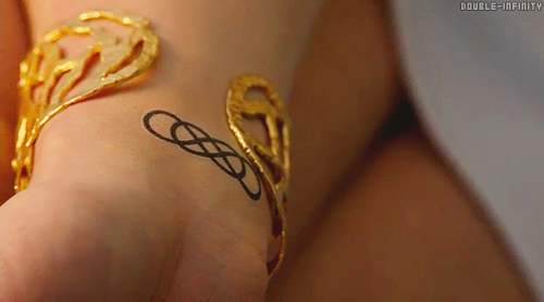 Tatuaje Doble Infinito Revenge nothing imposible: origen