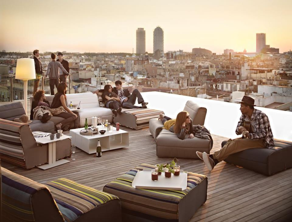 Grand Hotel Central Terraza Sky Bar En Bcn Saltando En