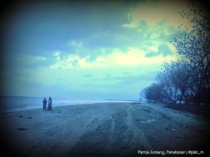 Potensi Wisata Alam Pantai Jumiang - Pamekasan Madura - Jawa Timur