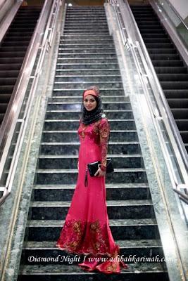 ADIBAH KARIMAH AT STAIRCASE
